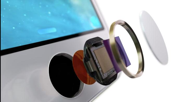 02-8-iPhone-5C-Anounce