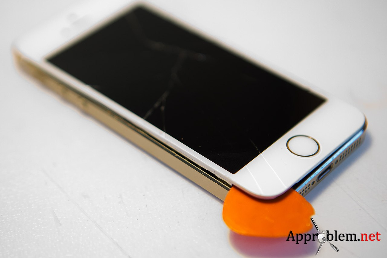 Как заменить разбитое стекло на iPhone 5S Gold