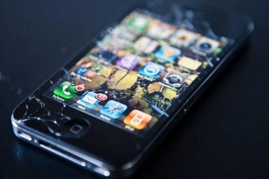 Какие iPhone попадают под гарантию в России