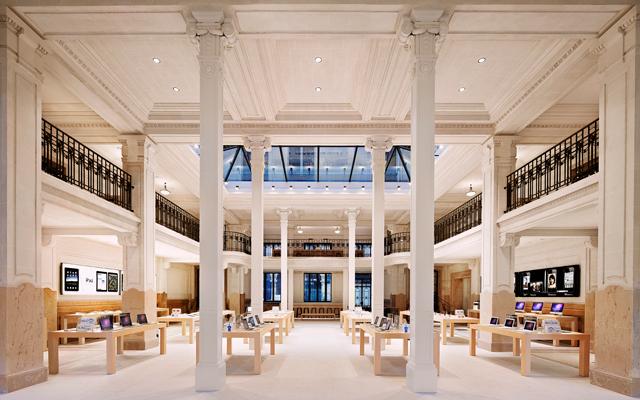 Apple Store в Opera в Париже