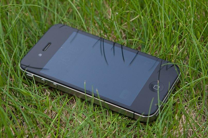 Почему тормозит iPhone 4?