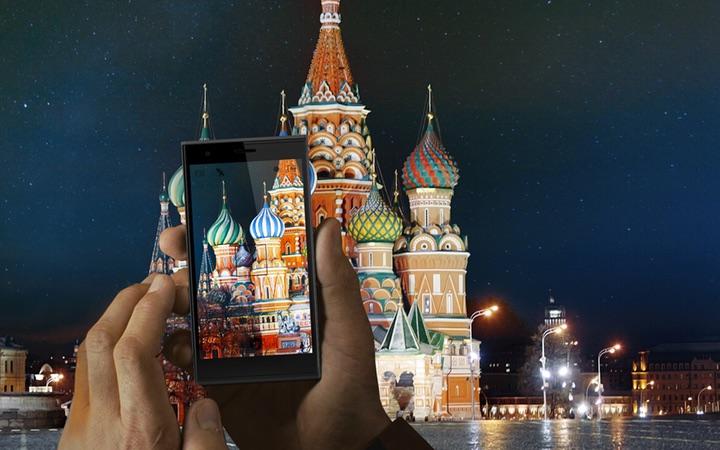 Jolla с Sailfish OS начала продажи в России